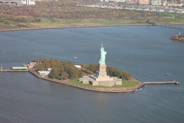 liberty island voyage New York